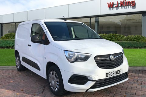 Vauxhall Combo 1.5 L1h1 2300 Sportive S/S 2019