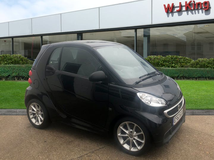 Black smart Fortwo Coupe 1.0 Passion Mhd 2012