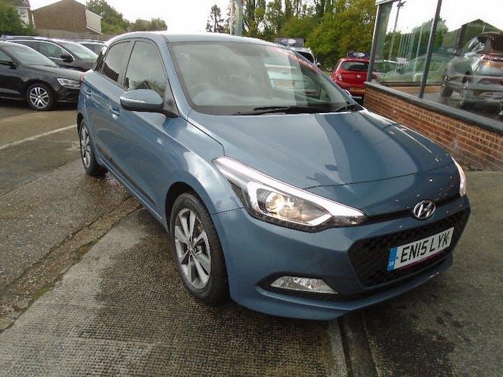 Blue Hyundai i20 1.2 Gdi Premium 2015
