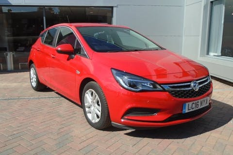 Red Vauxhall Astra 1.4 Design 2016