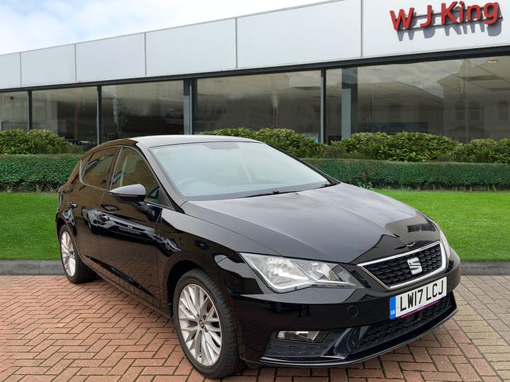Black SEAT Leon 1.2 TSI SE Dynamic Technology 2017