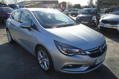 Silver Vauxhall Astra 1.4 SRi S/S 2019