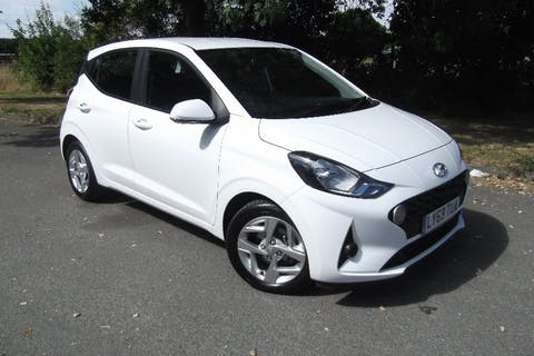 White Hyundai i10 1.2 Mpi SE Connect 2020