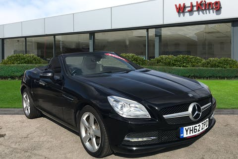 Black Mercedes-Benz SLK 2.1 Slk250 CDi Blueefficiency 2012