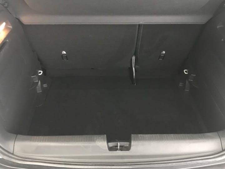 White Vauxhall Crossland X 1.2 SE Ecotec S/S 2019