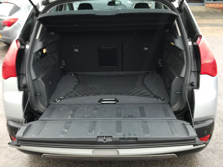 Peugeot 3008 2.0 HDi Exclusive 2011