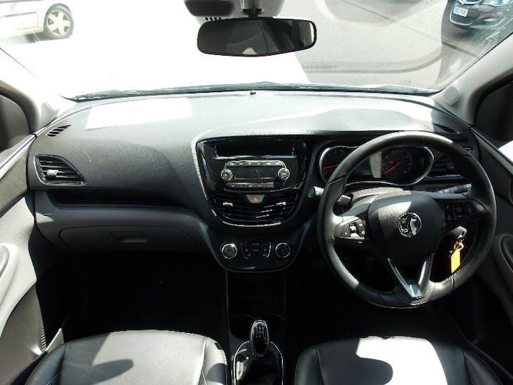 White Vauxhall Viva 1.0 Sl 2016