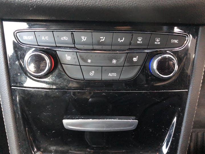 Blue Vauxhall Astra 1.4 Elite 2016