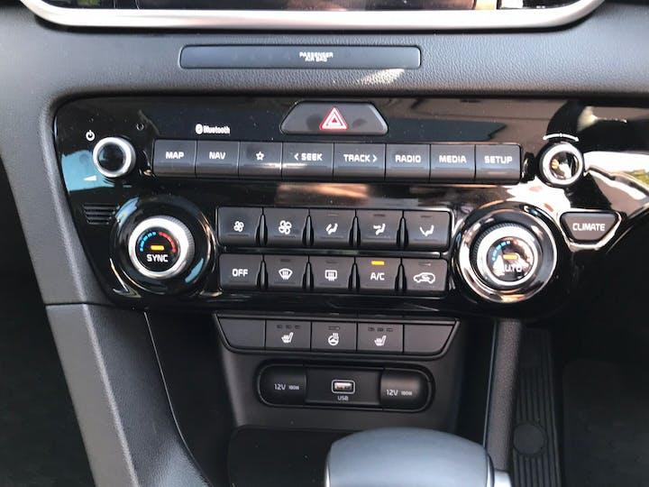 Black Kia Sportage 1.6 CRDi 3 Isg Mhev 2020