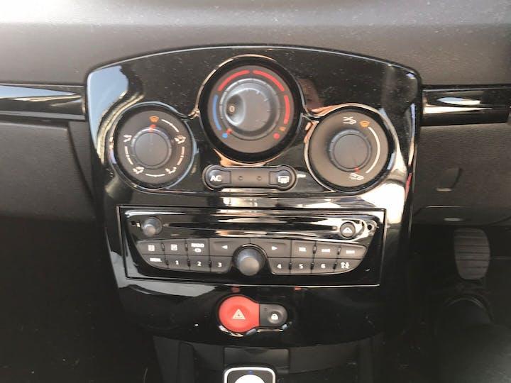 Silver Renault Clio 1.5 Dynamique Tomtom Dci 2012