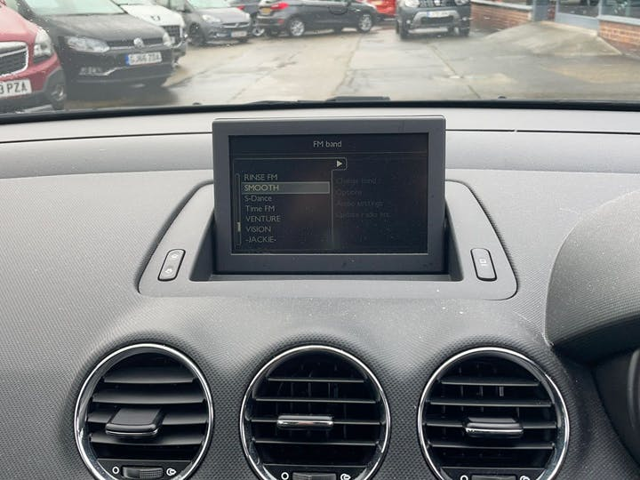 Peugeot 308 1.6 E-hdi Active Navigation Version 2013