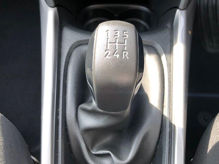 Peugeot 2008 1.2 Puretech Active 2018