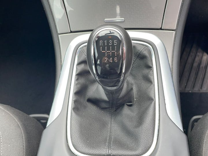 Vauxhall Insignia 2.0 Design Nav CDTi Ecoflex S/S 2014