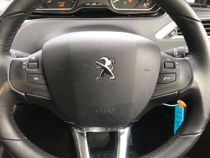 Peugeot 2008 1.2 Puretech S/S Active 2017