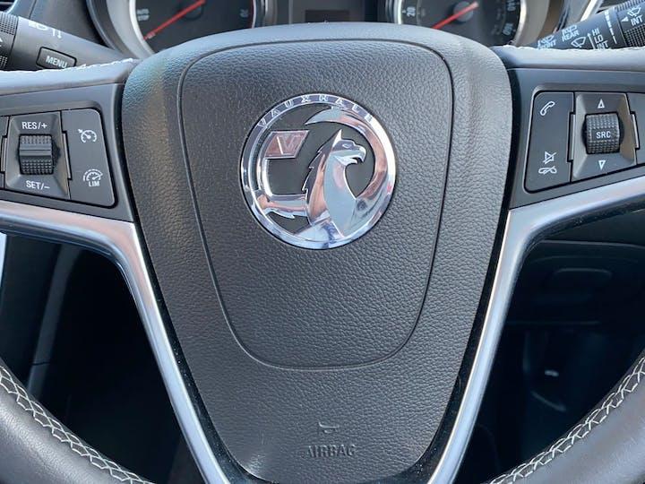 Black Vauxhall Mokka 1.6 Exclusiv S/S 2016