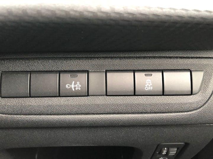 Silver Peugeot 208 1.2 Active 2017