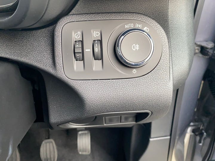 Vauxhall Combo 1.5 L1h1 2000 Sportive S/S 2020
