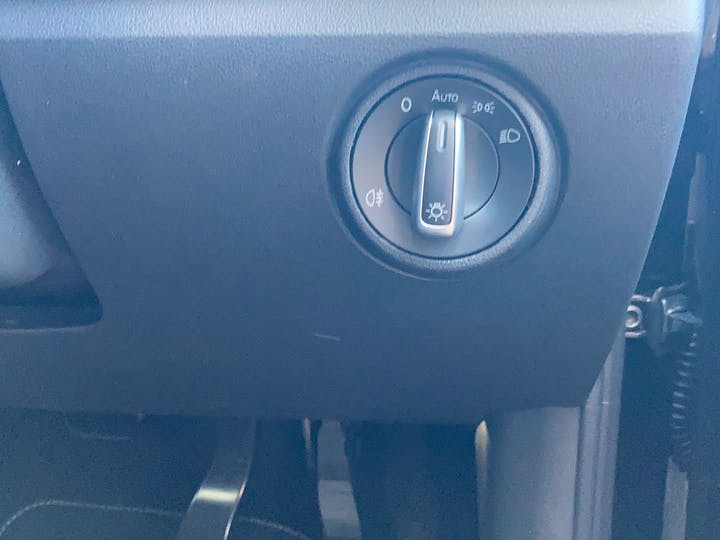 Black SEAT Mii 0.0 Base 2020