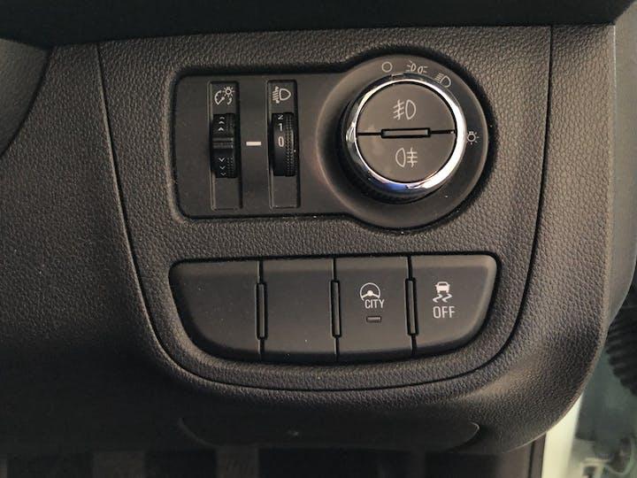 Green Vauxhall Viva 1.0 SE Ac 2016
