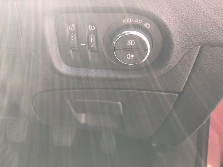 Red Vauxhall Astra 1.6 SRi CDTi S/S 2019
