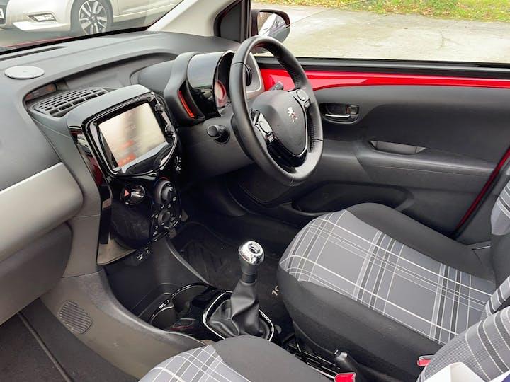 Red Peugeot 108 1.2 Puretech Allure 2017