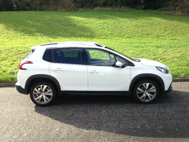 White Peugeot 2008 1.6 Blue HDi Allure 2016