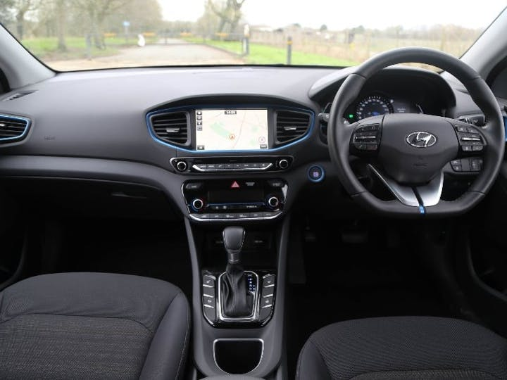 Black Hyundai Ioniq 1.6 Premium 2018